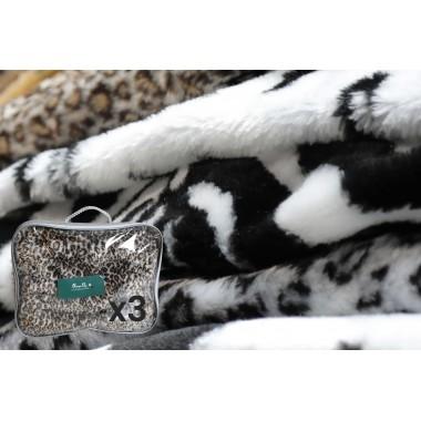 Plaids for pets in faux fur